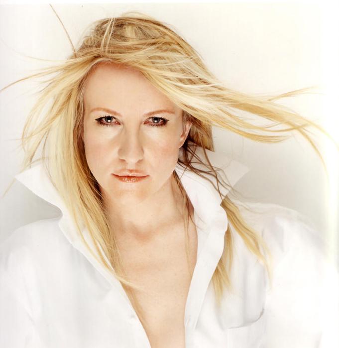 Natacha switzerland first lady mundartrock nicy music - Natacha avenger ...